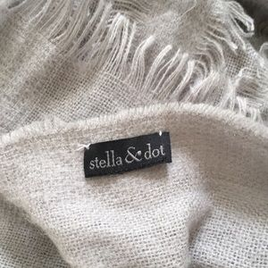 Stella and dot large grey scarf